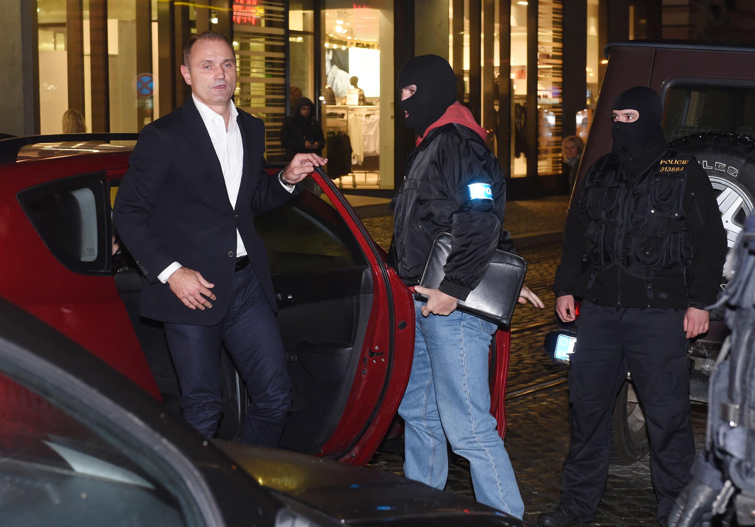 Policie do Olomouce přiváží Ivana Langera