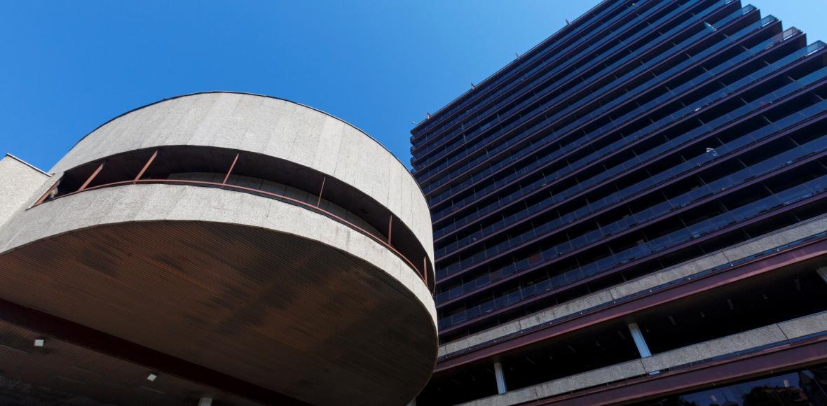Kotva nebo Thermal. Architekti poctili ohrožené stavby Věry Machoninové