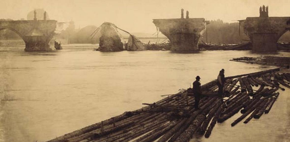 Před 125 lety povodeň poškodila Karlův most