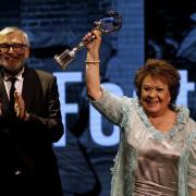 Jiřina Bohdalová s Cenou prezidenta festivalu