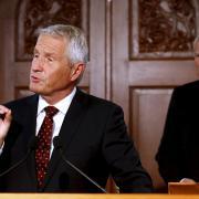 Předseda Nobelova výboru Thorbjörn Jagland při vyhlášení ceny za mír