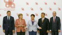 Bezpečnost je priorita všech, hlásí Sobotka po jednání V4 s Merkelovou