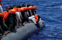 Migranti směřující do Itálie.