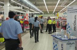 Policie v obchodním centru na Smíchově