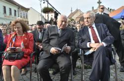 Prezident Miloš Zeman a manželé Klausovi