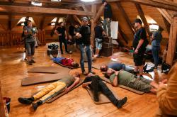 Natáčení filmu Úsměvy smutných mužů v léčebně Petrohrad