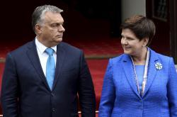 Viktor Orbán s Beatou Szydlovou