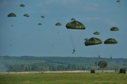 Výsadkářské cvičení Sky Soldier II