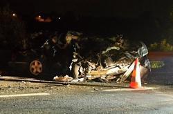 Řidič osobního auta zemřel před půlnocí na dálnici D5 u Rudné poté, co vjel do protisměru a smetl ho projíždějící kamion