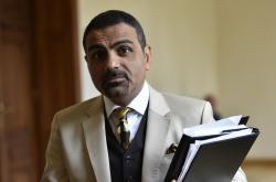 Podnikatel Zadeh vinu popírá