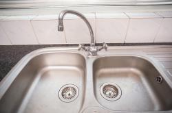 Na sídlišti ve Zlíně jsou lidé bez vody