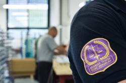 Pracujících vězňů přibývá