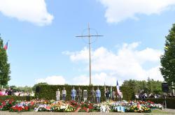 Pietní akt u příležitosti 75. výročí vyhlazení Lidic