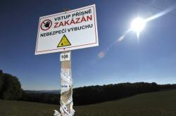 V okolí skladů ve Vrběticích platí stále zákaz vstupu