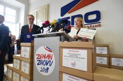 Ivana Zemanová informovala o aktuálním stavu podpisů pro Zemanovu obhajobu mandátu