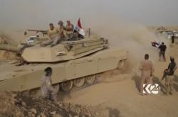 Irácké tanky míří do města Havídža