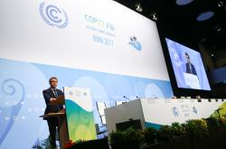 Francouzský prezident Emanuel Macron na klimatickém summitu v Bonnu