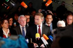 Šéf FDP Christian Lindner vysvětluje krach jednání