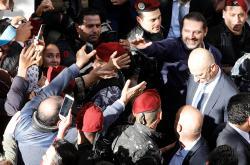 Harírího příznivci přišli premiéra pozdravit k jeho domu