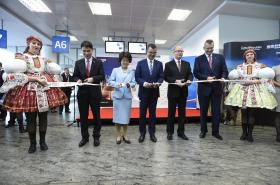 Slavnostní zahájení provozu přímé linky Praha - Peking na letišti Václava Havla