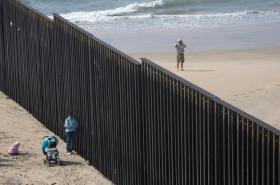 Zeď na mexicko-americké hranici