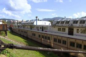 Dílenská školní loď DL2