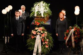 Poslední rozloučení s Lubomírem Lipským