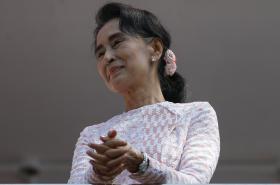 Su Ťij hovoří ke svým příznivcům