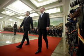 Premiéři Česka a Číny