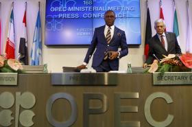 Prezident OPEC Emmanuel Ibe Kachikwu po jednání organizace