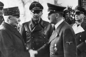 Henri Philippe Pétain (vlevo) a Adolf Hitler