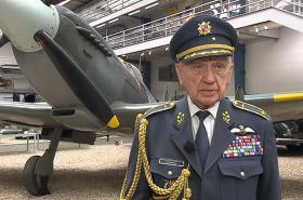 Stíhač RAF Emil Boček