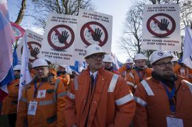 Únorová demonstrace evropských ocelářů proti čínské oceli
