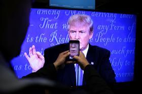 Donald Trump během prezidentské debaty v televizi
