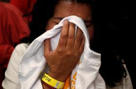 Někteří Kolumbijci výsledek hlasování oplakali
