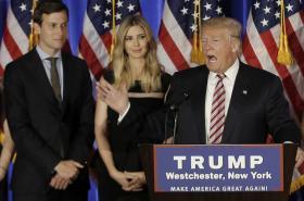 Jared Kushner s Ivankou a Donaldem Trumpem