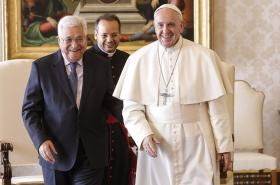 Papež František s Mahmúdem Abbásem