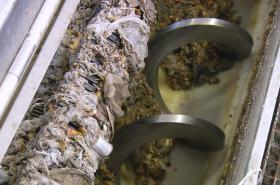 Odpad z kanalizace zanáší čističky