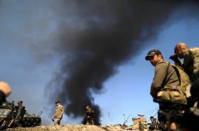 Armáda postupuje Mosulem