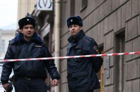 Ruská policie nedaleko místa petrohradské exploze