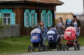 V Rusku se rodí více dětí
