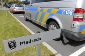 Policisté zasahují v sídle Fotbalové asociace