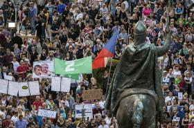 Demonstrace na Václavském náměstí 17. května