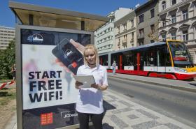 Bezplatná wi-fi na pražské zastávce MHD