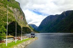 Pohled na fjord z Gudvangenu