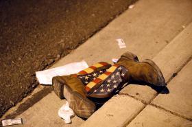 Střelec zabil v Las Vegas desítky lidí