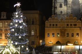 Vánoční strom Staroměstského náměstí
