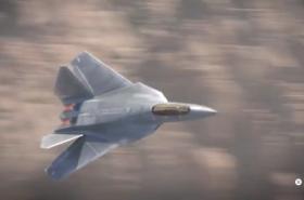 Fiktivní stíhačka F-35 ve videohře Call of Duty