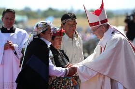 Papež František se zástupci Mapučů