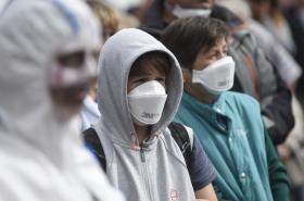 Demonstrace proti lakovně v Nymburku kvůli zápachu (červen 2016)